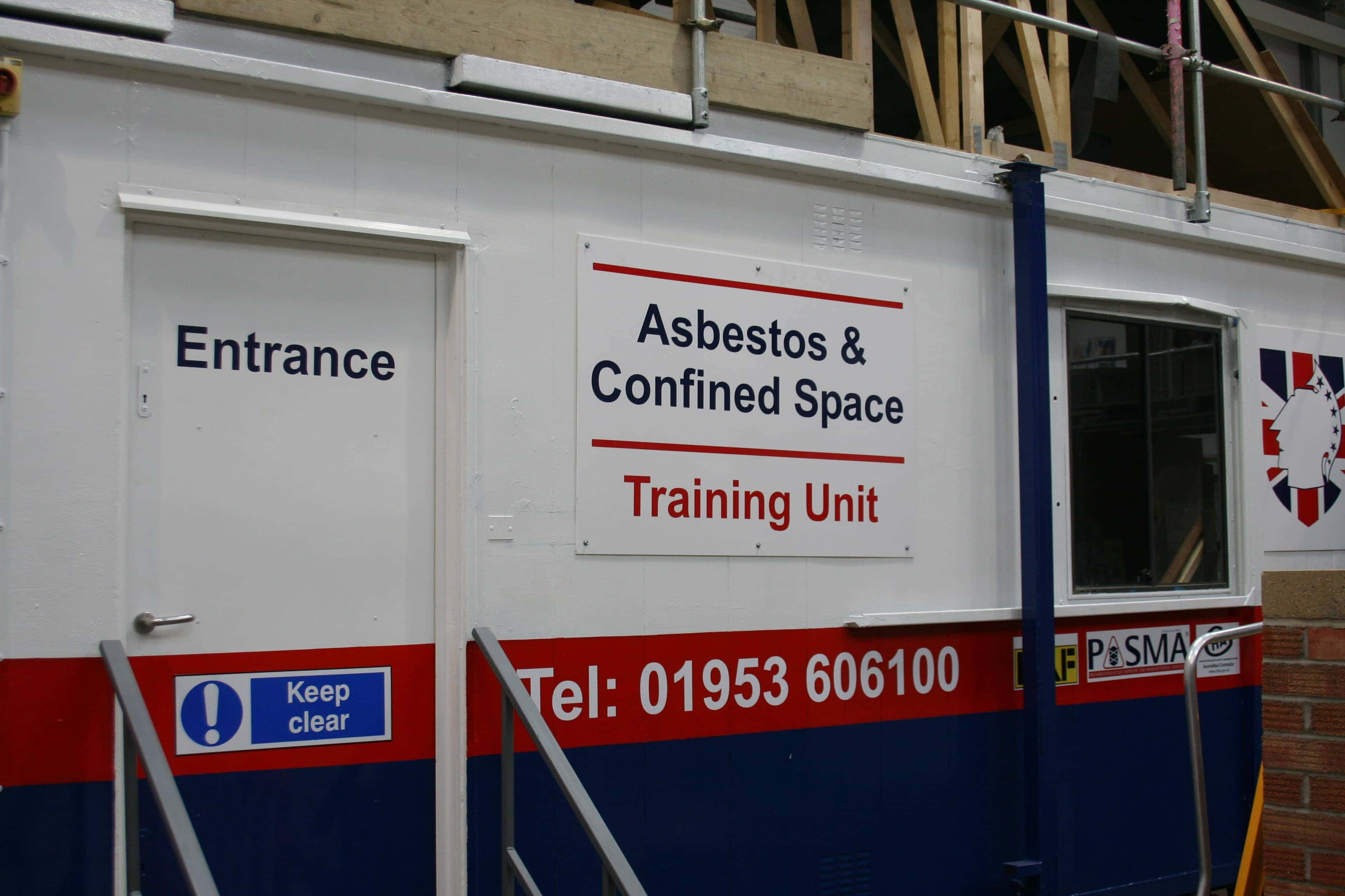 Confined Space For Operatives (low/medium risk) Training Courses Norwich & Norfolk